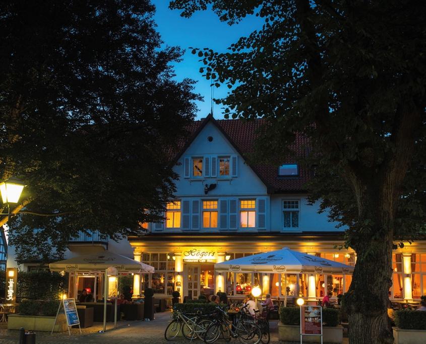 Aussenansicht am Abend Höger´s Hiotel und Restaurant