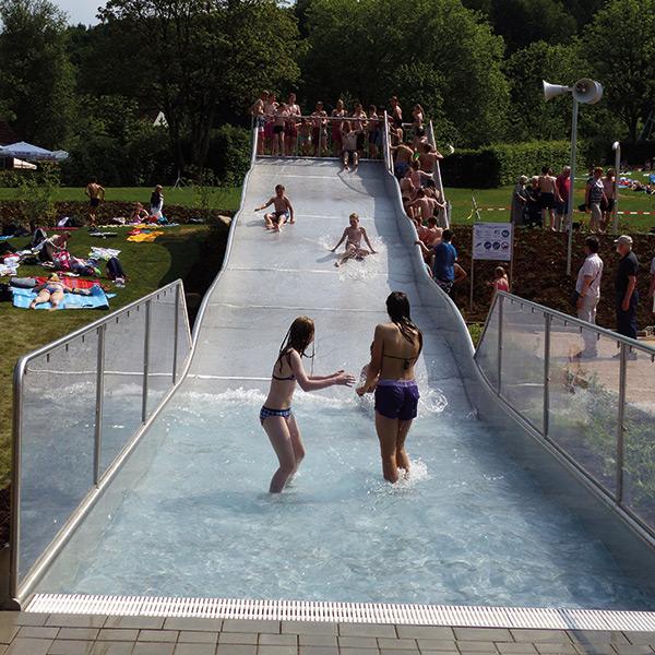Wasserrutsche im Sole-Freibad