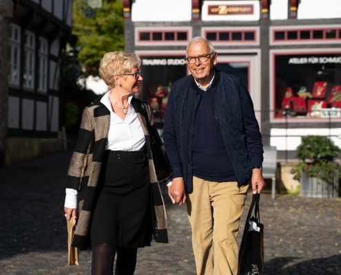 Ehepaar vor Fachwerk in Bad Essen