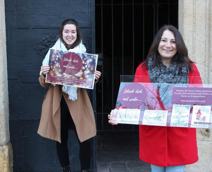 Josanne Mifsud Pikutzki und Luisa Korte von der Tourist-Info Bad Essen