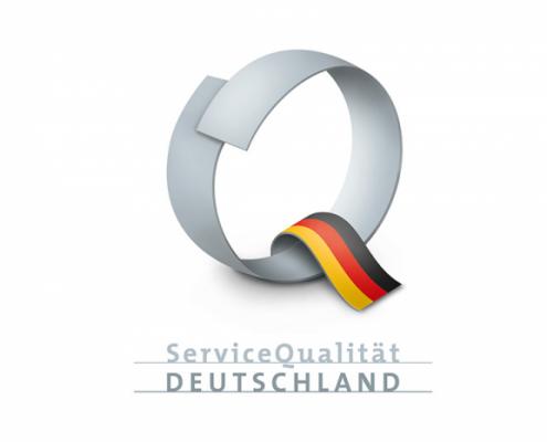 Buchstabe Q mit Deutschlandflagge